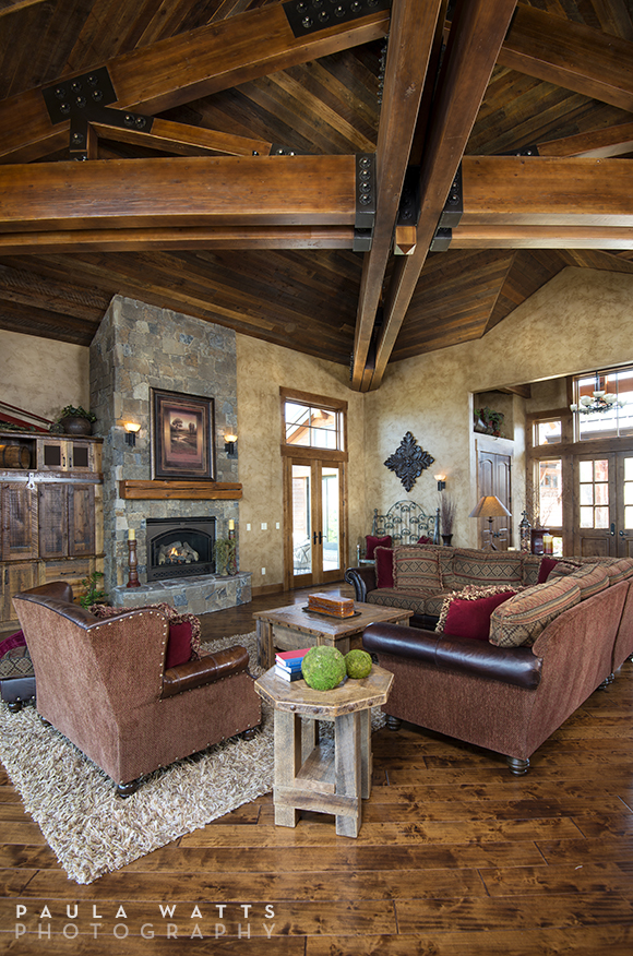 professional photographer Portland Oregon Living Room Rustic Beams
