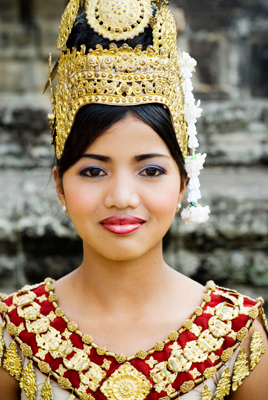 khmer_female_dancer
