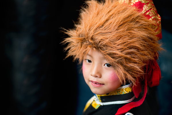 traditional_tibetan_dancer_boy